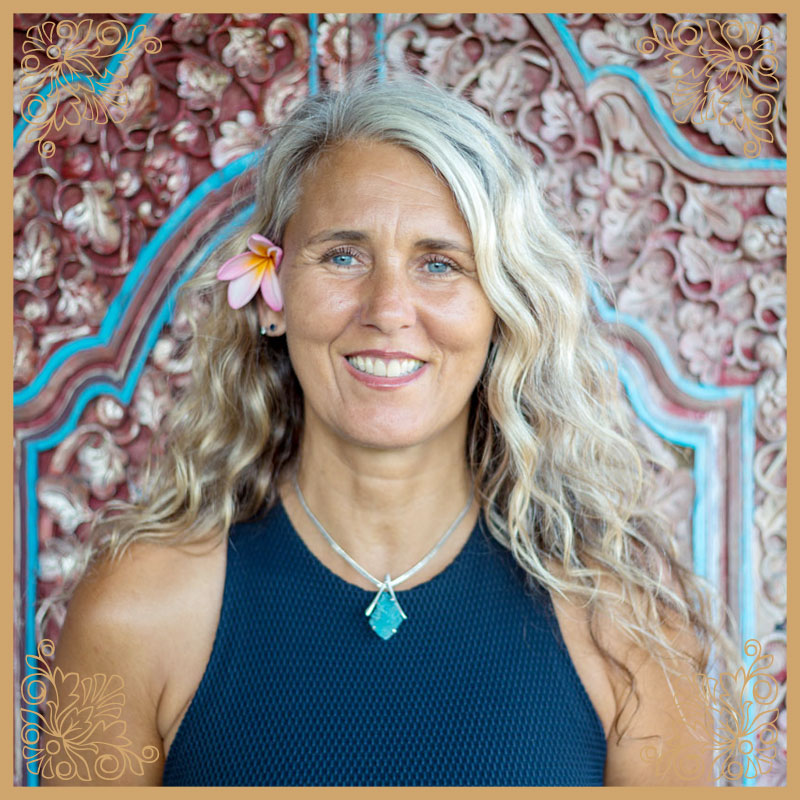 yoga teacher airlie beach